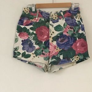 Pants - Floral denim vintage shorts